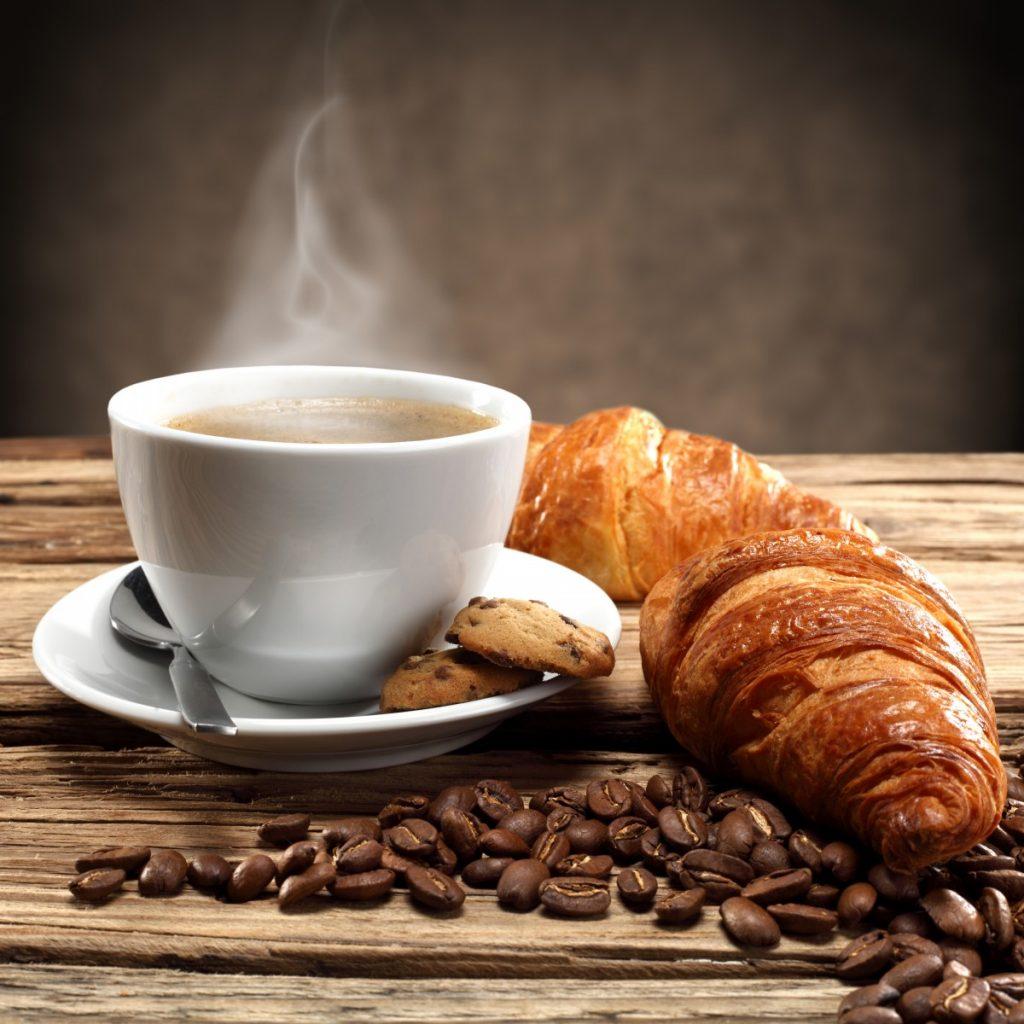 Dorucak uz kavu
